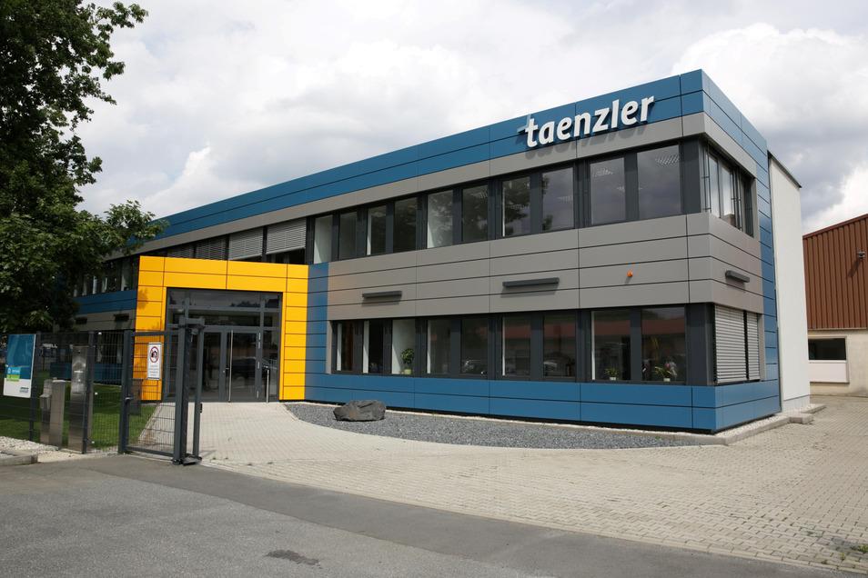 Die Firma Taenzler Maschinen- und Anlagenbau hat ihren Sitz in Laußnitz.