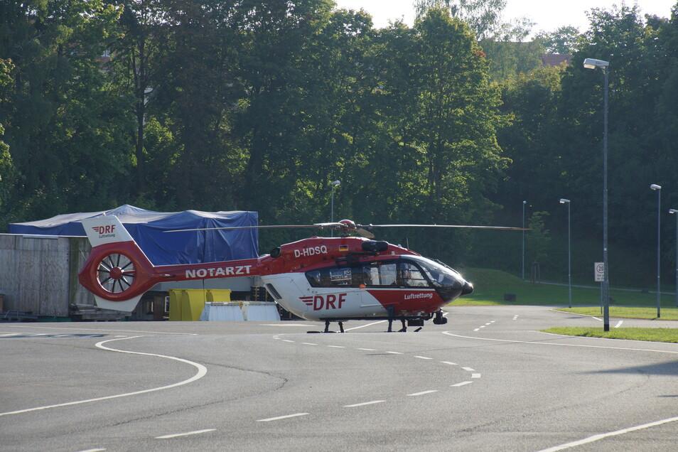 Gegen 17 Uhr landete der Hubschrauber auf dem Siemens-Energy-Gelände an der Lutherstraße