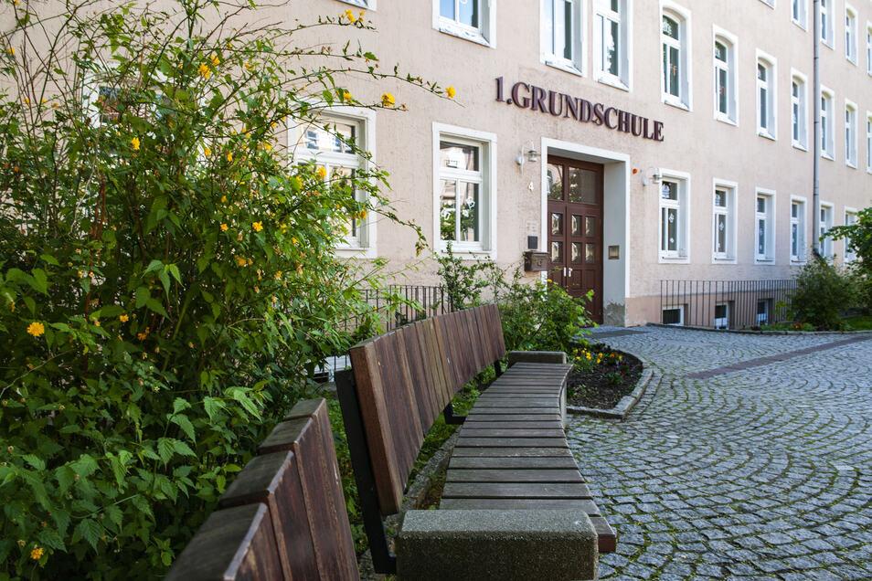 Die 1. Grundschule Großenhain ist Thema eines Vortrages am 9. Juni am Kirchplatz.