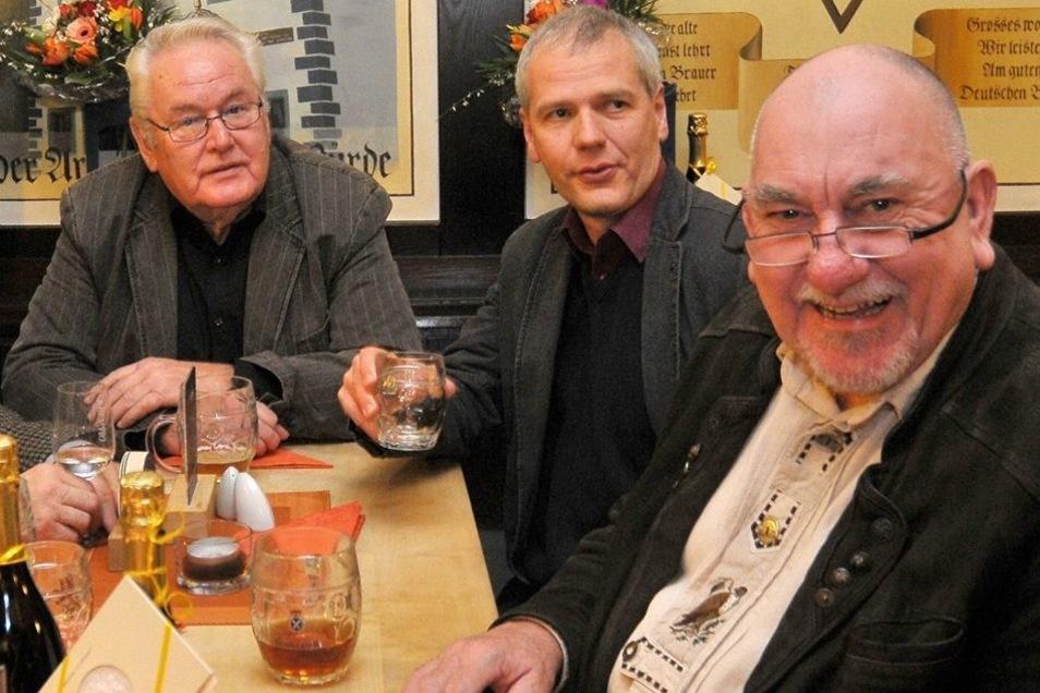 Die alte Garde des Gewerbevereins wurde beim Neujahrsempfang in der Brauerei ausgezeichnet.