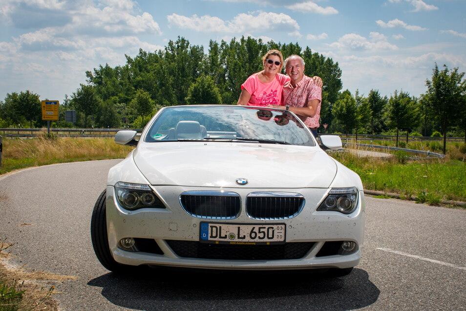 Ingrid und Jörg Lippert aus Leisnig nehmen am Samstag mit ihrem BMW Cabrio an der CC Rally Sachsen teil. Die 250 Kilometer lange Tour führt auch durch Leisnig, Döbeln oder Roßwein.
