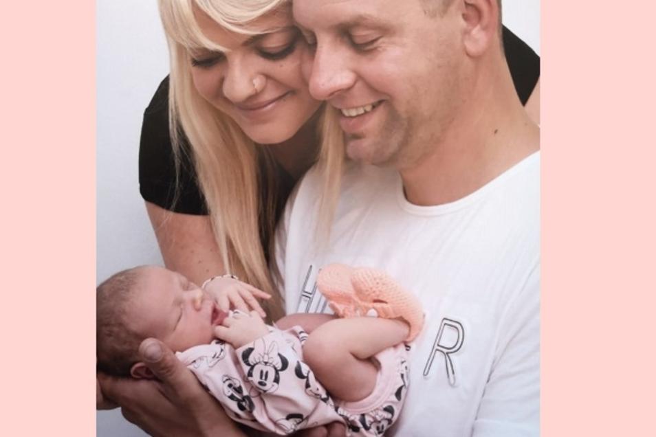 Fiona Geboren am 18. Juni Geburtsort Kamenz Gewicht 2930 Gramm Größe 47 Zentimeter Eltern Lydia Rachel und Stephan Wersch Wohnort Wittichenau Foto: privat