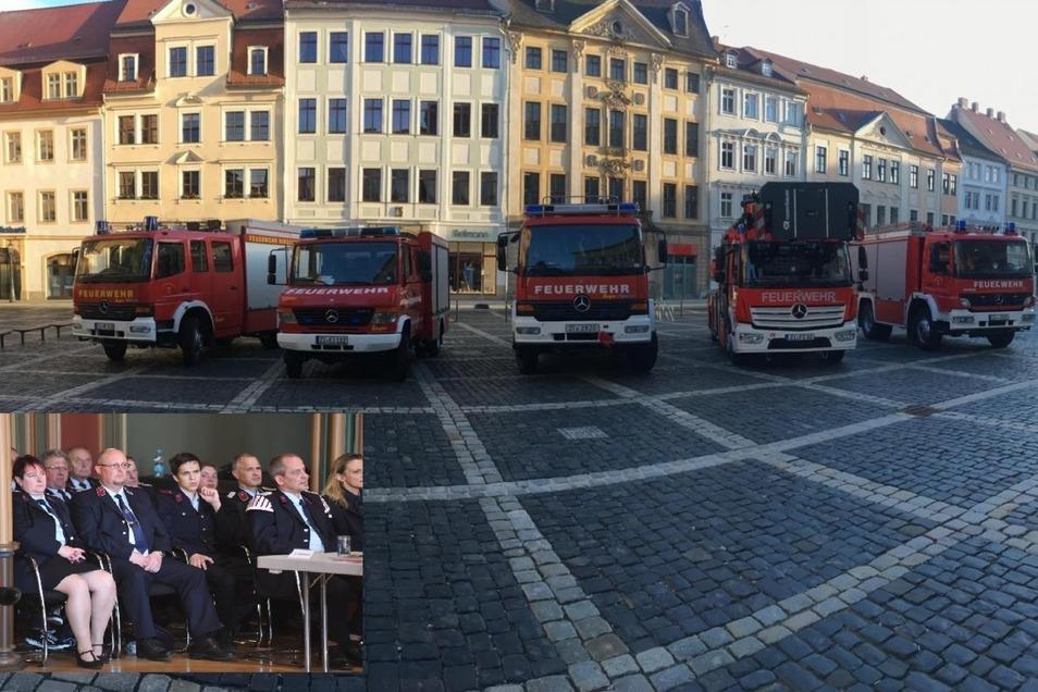 Die Zittauer Feuerwehr hat am Donnerstag Stärke demonstriert und war mit Mann und Maschine zum Stadtrat gekommen. Der diskutierte über ihre Zukunft.