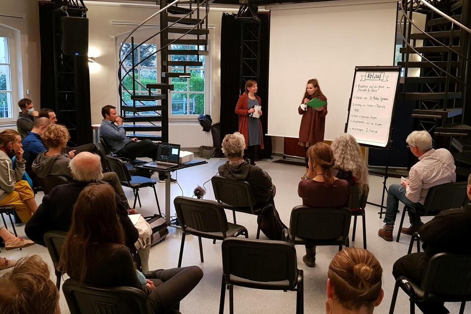 Auch Mitglieder des Ortschafts- und Stadtrates diskutierten in Tharandt beim Thema Klimaschutz mit.
