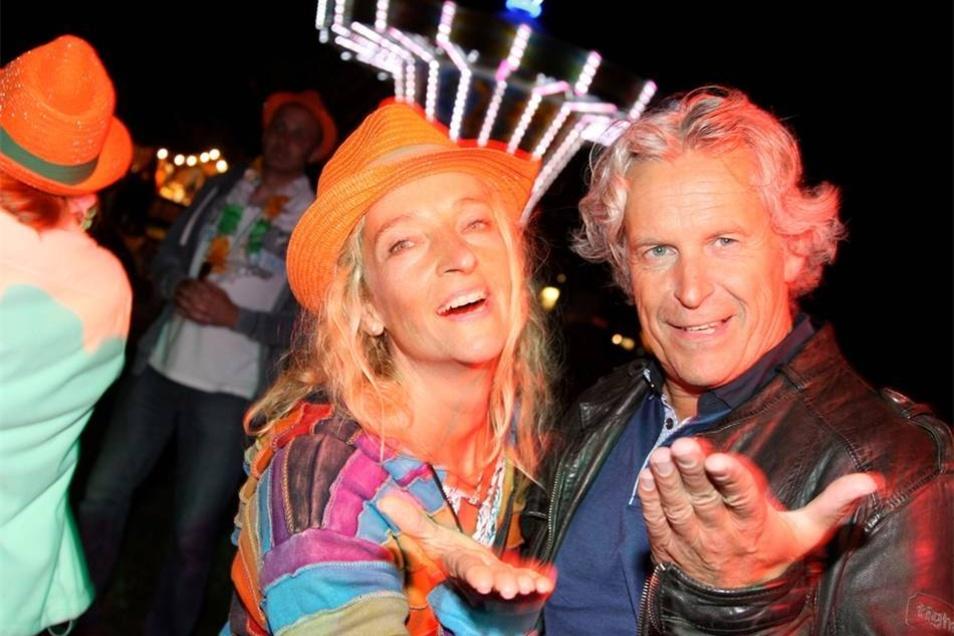 Feiern bis in die Nacht Bis weit nach Mitternacht war Party angesagt: Christiane aus Sebnitz und Thomas aus Pirna hatten Spaß an Disco und Tanz.
