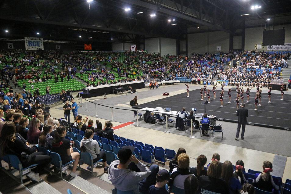 Zu den Cheerleading-Regionalmeisterschaften Anfang Februar war die Sachsenarena noch gut gefüllt. Die für Ende März geplante Deutsche Meisterschaft muss dagegen in den Juni verschoben werden.