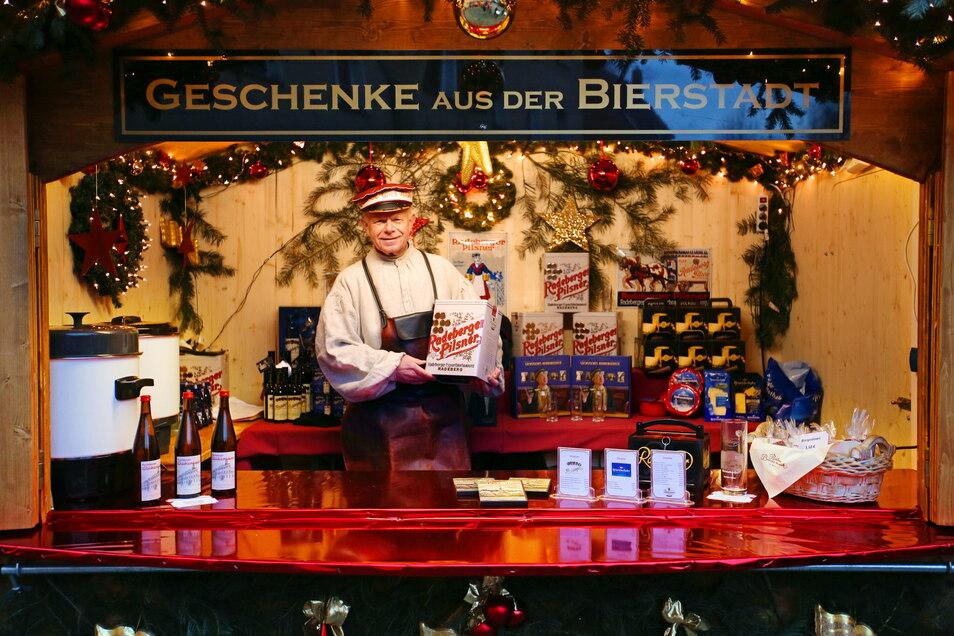 """Bierkutscher Ernst war jedes Jahr mit dem Stand """"Geschenke aus der Bierstadt"""" auf dem Radeberger Weihnachtsmarkt vertreten."""