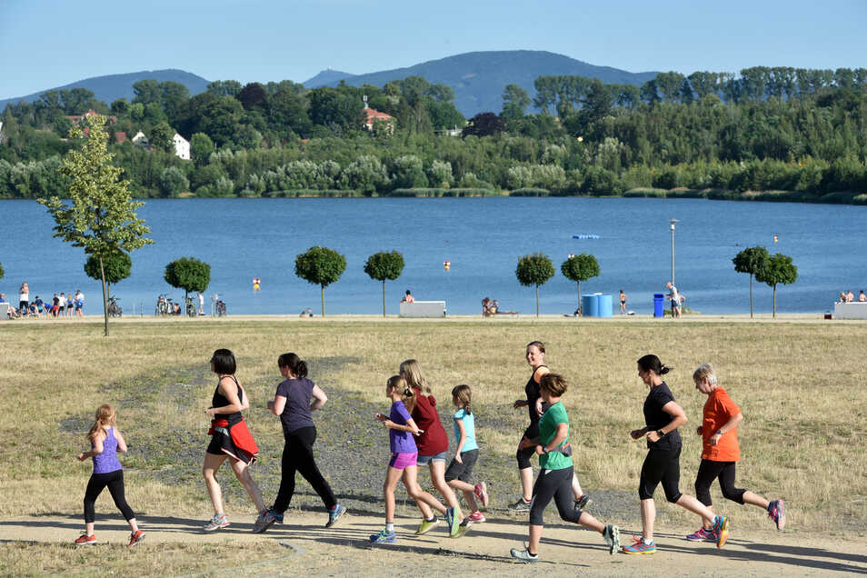 """Auch am Olbersdorfer See wurde am Donnerstag für den """"Runningday"""" gelaufen."""