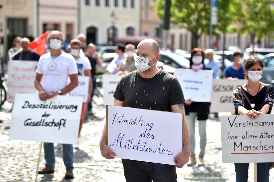 Seit Wochen wird in Zittau regelmäßig gegen die Corona-Maßnahmen demonstriert.