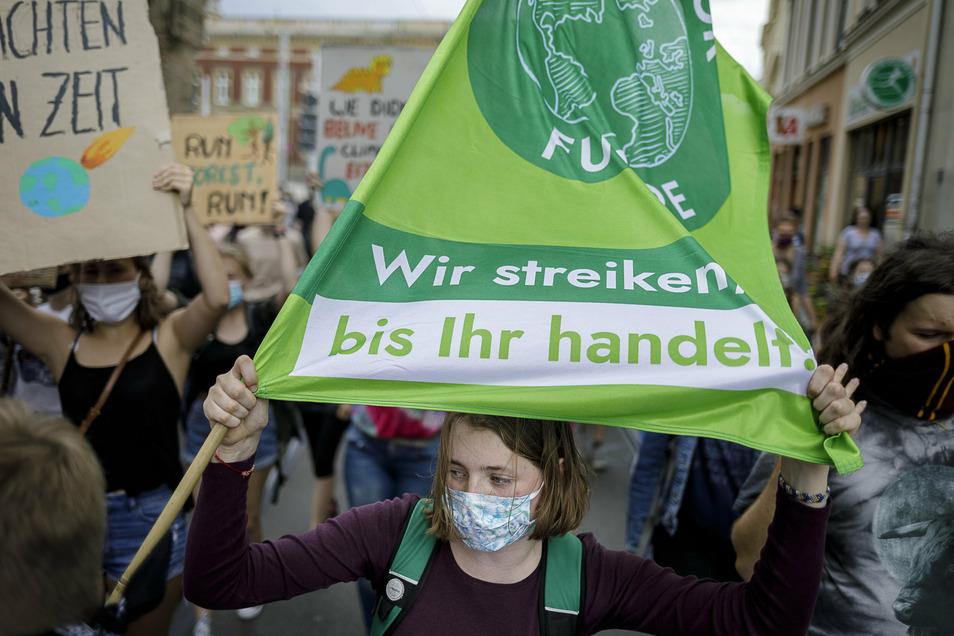 Schon bei der Demo am 10. Juli in Görlitz wurde das Thema Massentierhaltung im Zusammenhang mit der Agrofarm laut.