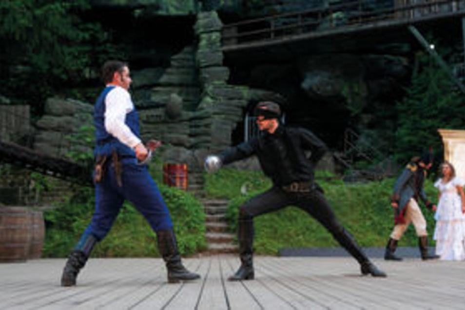 Zorro kämpft Samstag und Sonntag auf der Felsenbühne Rathen.