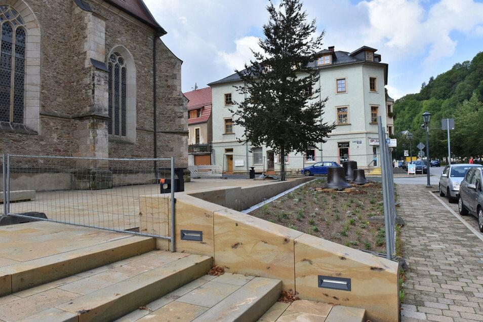 So sah der neu gestaltete Kirchenvorplatz in Glashütte noch vor wenigen Tagen aus.