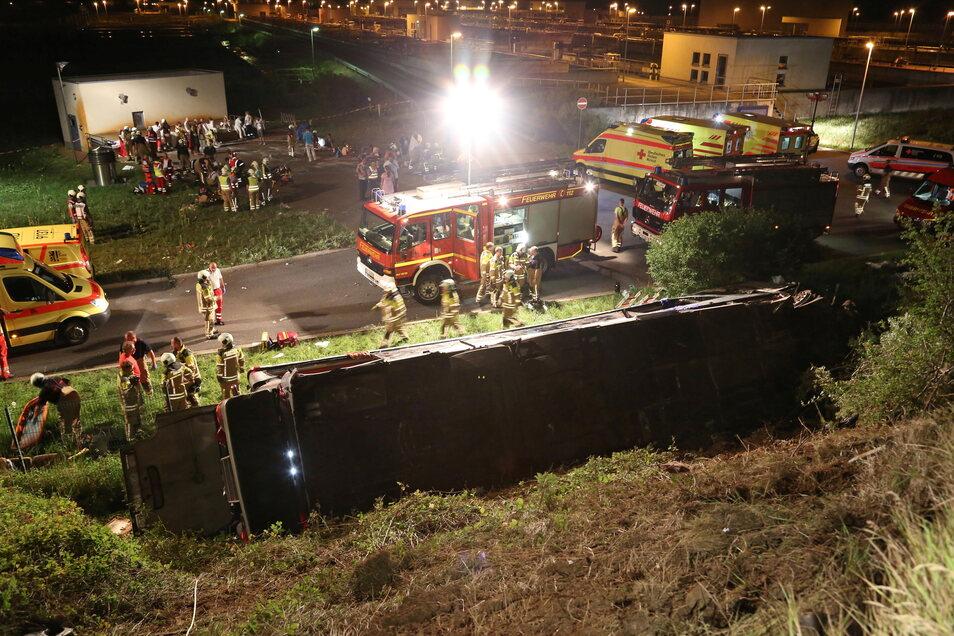 Diesen Unfall, bei dem elf Menschen starben und 40 schwer verletzt wurden, wird Andreas Rümpel nie vergessen.