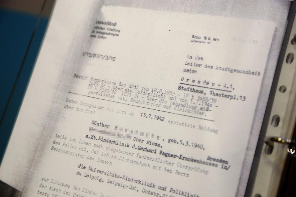 Günther B. aus dem Umland von Riesa erreichte nicht einmal das Grundschul-Alter. Er wurde in eine Kinderkrankenhaus nach Leipzig überwiesen - wo die NS-Medizin behinderte Kinder tötete.