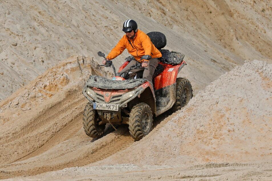 150 Fahrer versuchten sich in der Kiesgrube Ninive.
