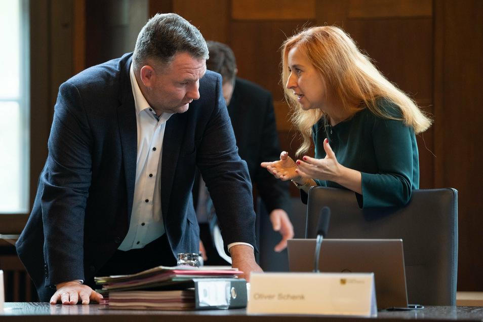 Die Verhandlungen zum Haushalt sind völlig verfahren. Hier streitet CDU-Fraktionschef Christian Hartmann mit der Fraktionschefin der Grünen, Franziska Schubert.