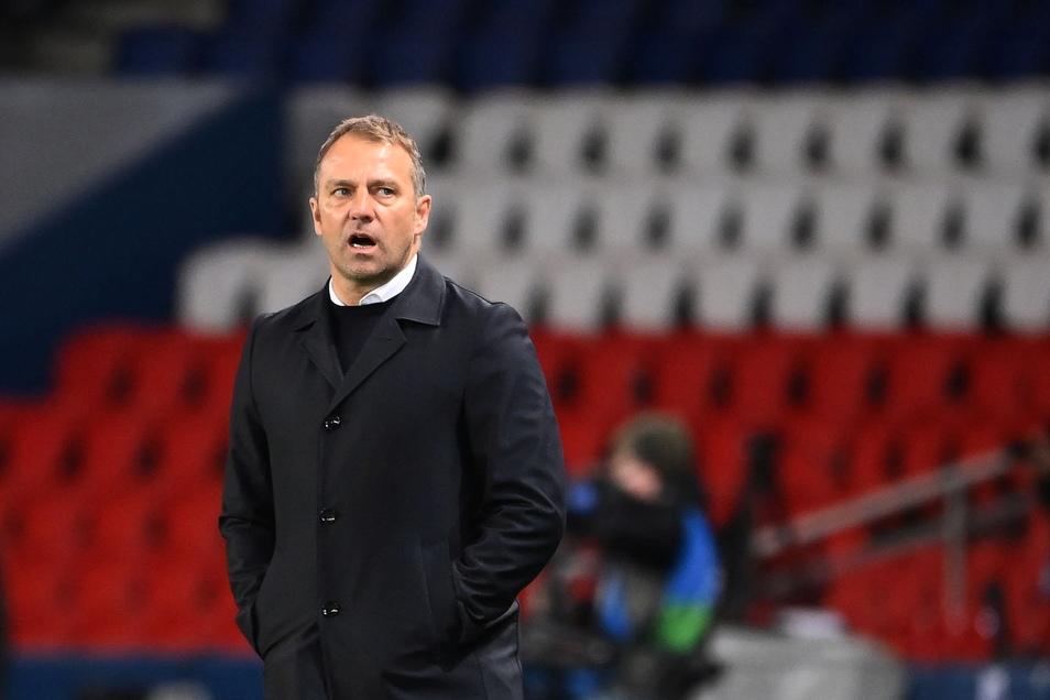In der Champions-League Partie gegen Paris stand Hansi Flick am Spielfeldrand.