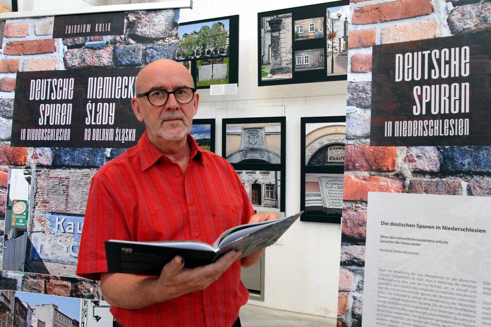 """Die """"Deutschen Spuren in Niederschlesien"""" zeigte Böer gemeinsam mit Zbigniew Kulik aus Karpacz in einer Ausstellung 2014."""