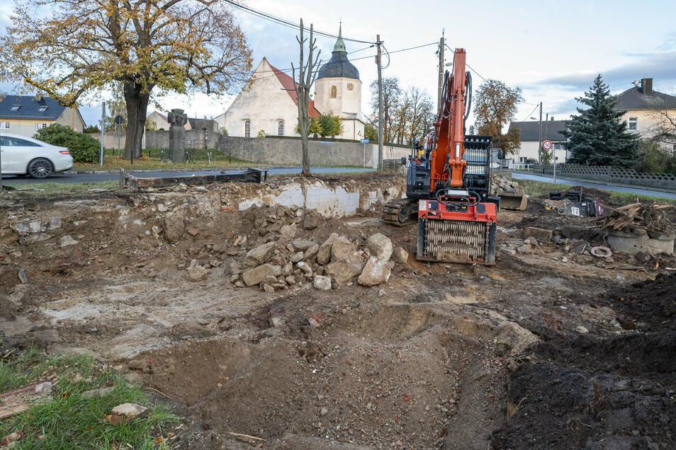 In Blochwitz wurde ein leer stehendes Haus abgerissen.