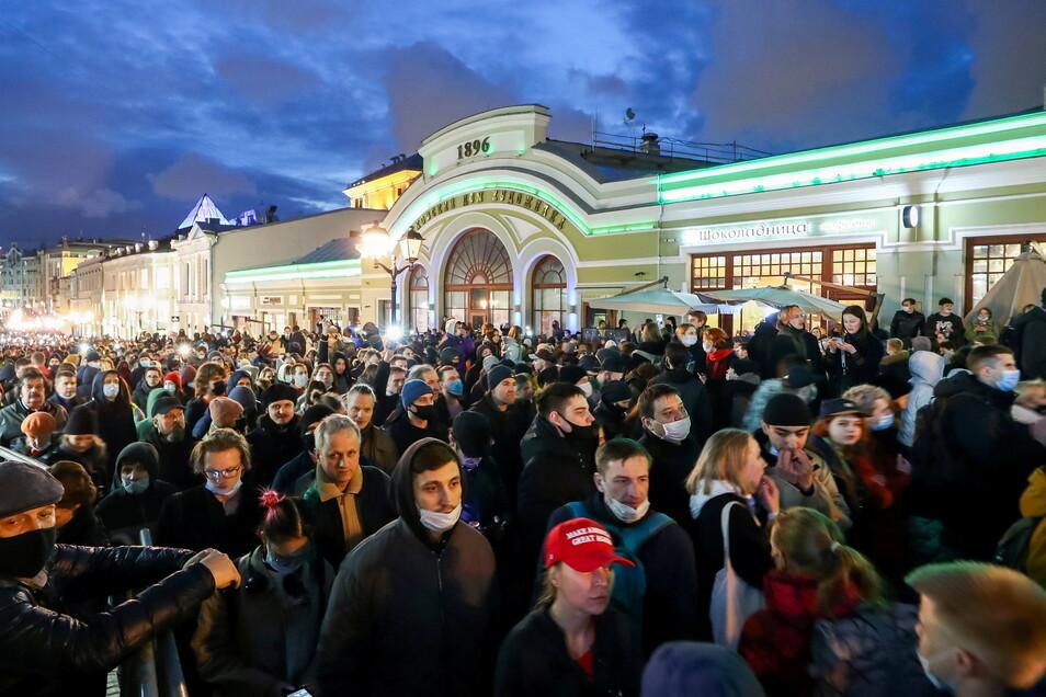 Von den Pro-Nawalny-Demonstrationen auf den Straßen Moskaus hat Michael Kretschmer nicht viel mitbekommen.
