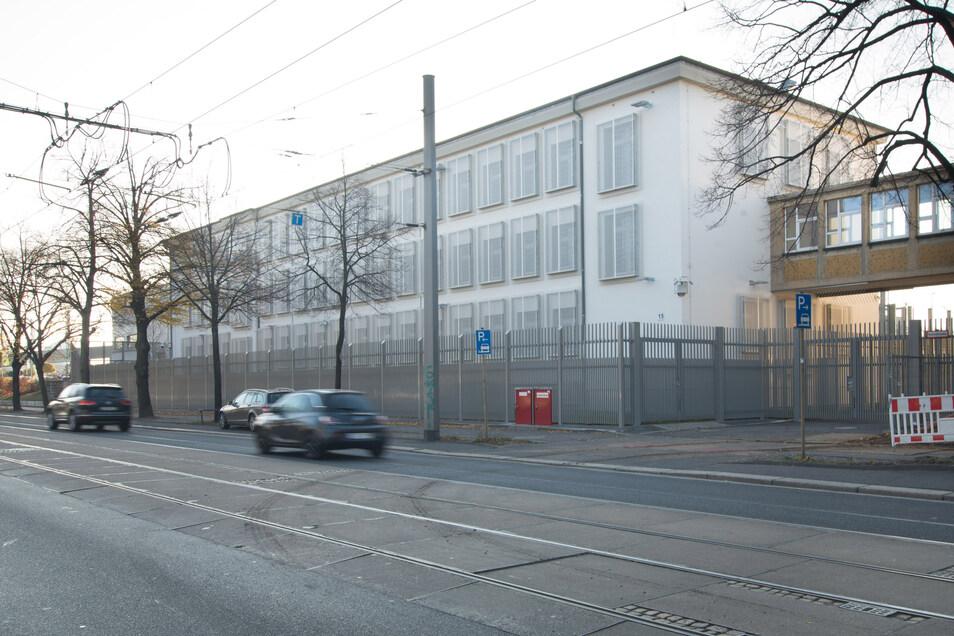 Die Abschiebehaft auf der Hamburger Straße.