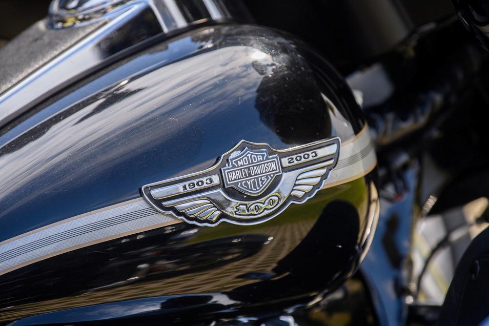 Der Motorradbauer Harley-Davidson findet nach Jahren der Krise zurück in die Spur und schreibt wieder schwarze Zahlen.
