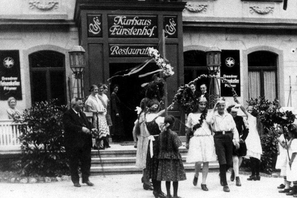 Einstmals wurden im Fürstenhof fröhliche Feste gefeiert.