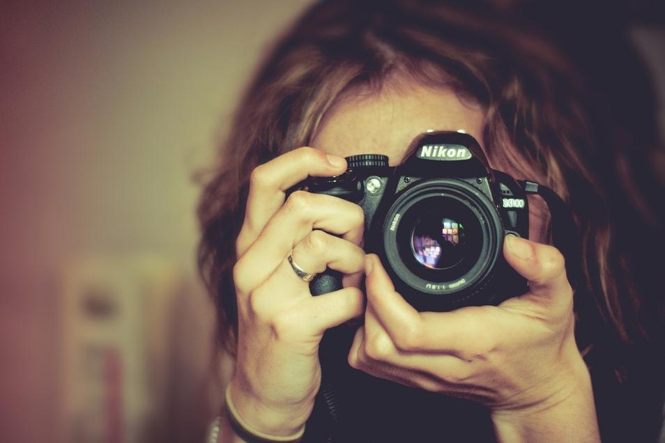 Neueste Kameramodelle für passionierte Fotografen bietet Foto Wolf.