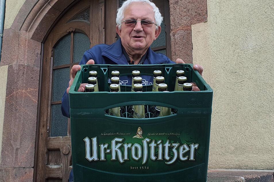 Günter Fleischer aus Leisnig gewann in der Vorwoche und konnte sich über einen Kasten Ur-Krostitzer Pils freuen.