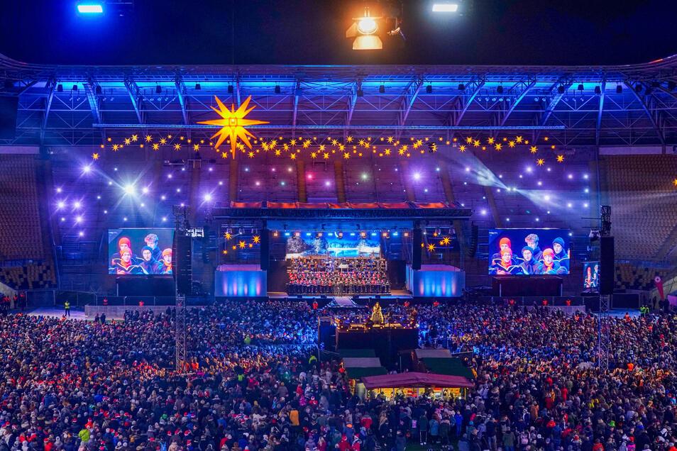 Das Große Adventskonzert im Rudolf-Harbig-Stadion gehört inzwischen fest zum Programm für die älteren Kruzianer.