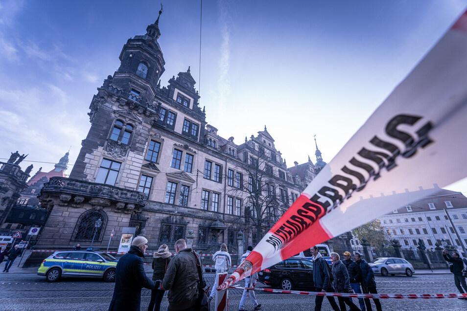 Am frühen Morgen des 25. November 2019 waren Unbekannte mit Gewalt in die Schatzkammer des Residenzschlosses eingedrungen.