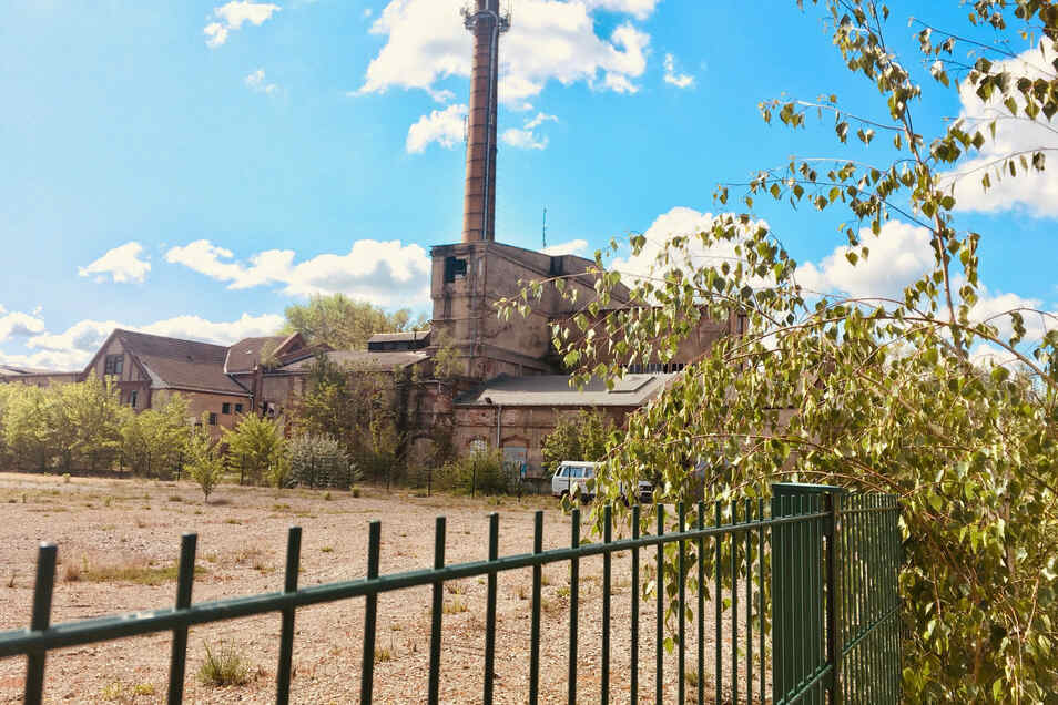 Diese alten Gebäude der ehemaligen Cowaplast auf den Flächen, die von der Stadt gekauft werden, sollen abgerissen werden.