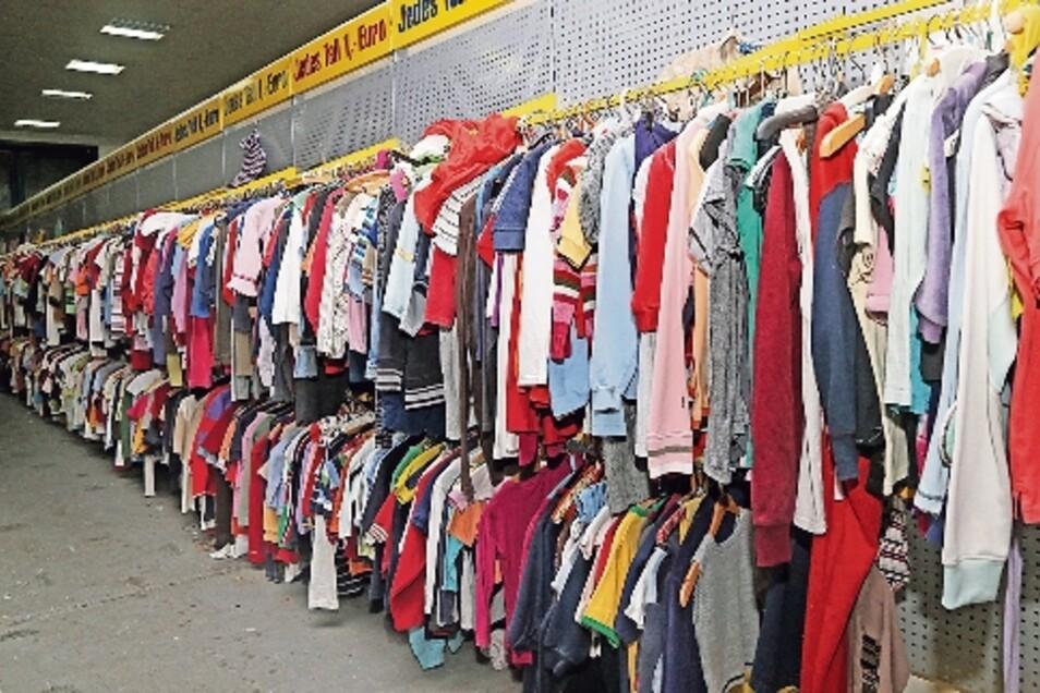 Beim Gros der Kleidung gilt: Jedes Teil ein Euro.