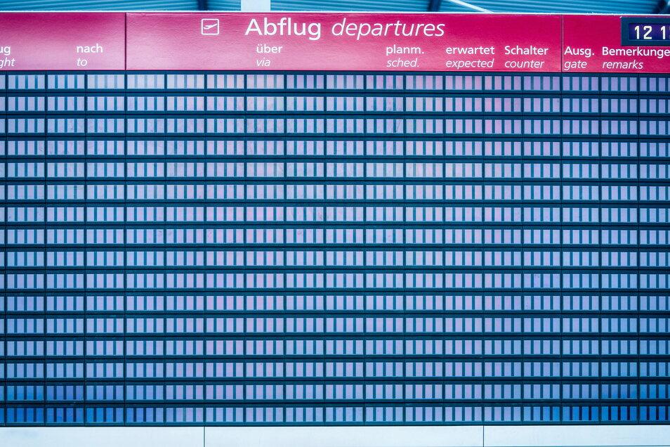 Nichts fliegt mehr, doch viele Reiseveranstalter und Airlines haben in der Corona-Zeit erstatten Gelder viel zu spät.