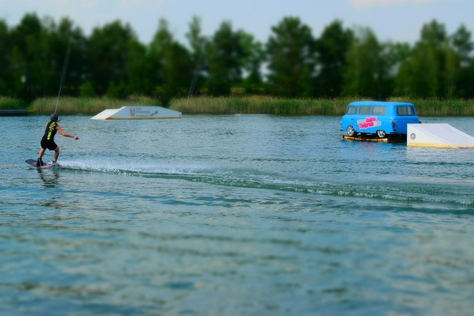 Zum Wakeboarden auf den Halbendorfer See.
