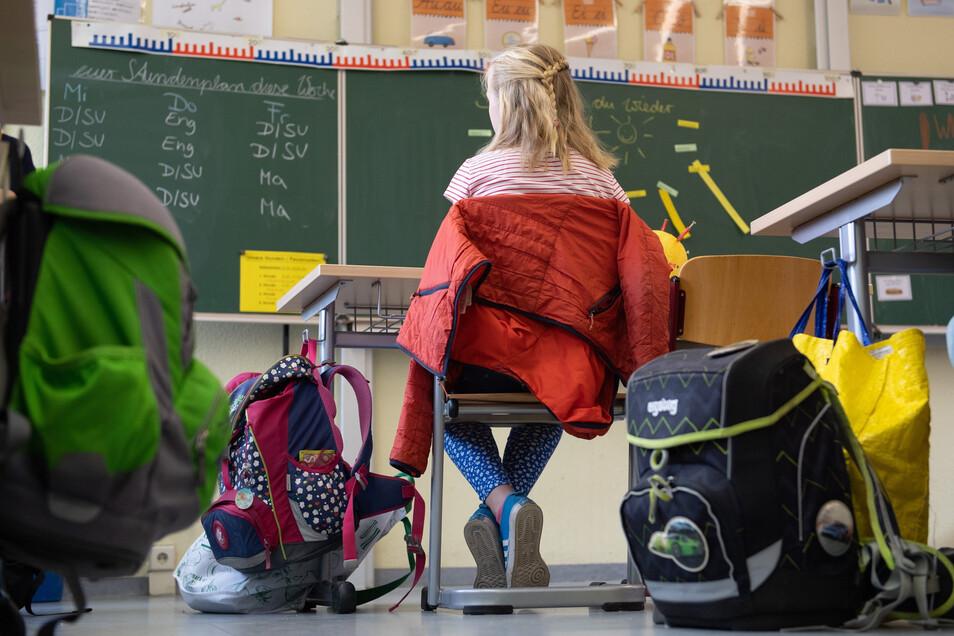 Die vierten Klassen sind bereits zurück an den Schulen, nun sollen die anderen Grundschüler folgen.