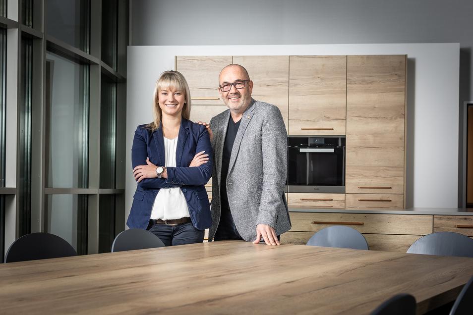 Dirk Hähnchen kann sich auf sein Team verlassen. Gemeinsam setzen die Küchen-Profis aus dem Dresdner Norden Maßstäbe in Sachen Qualität und Service.