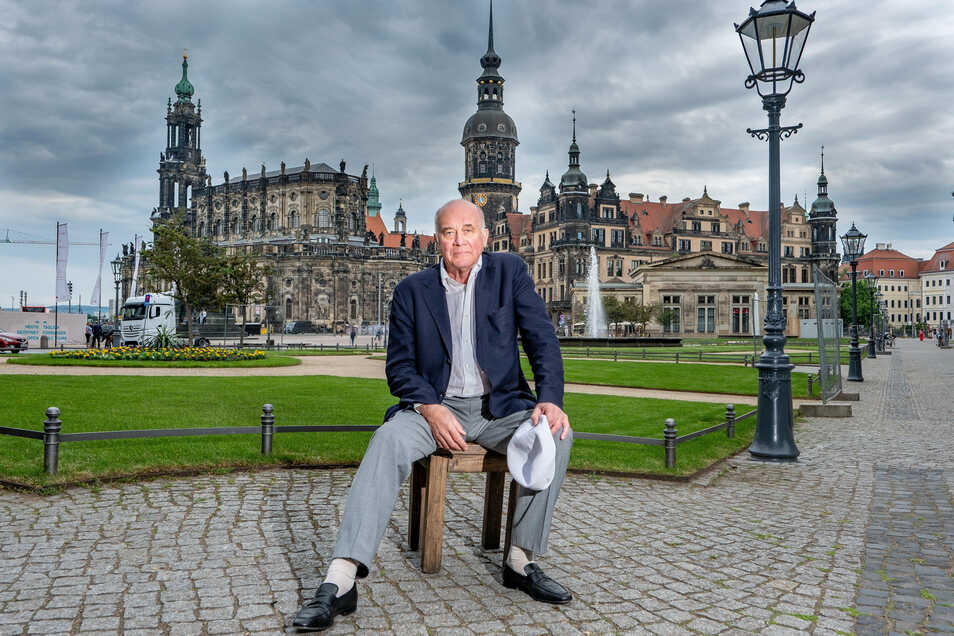 Hanns Zischler gehört zu den renommiertesten Schauspielern im Land und bringt nun seinen ersten Roman heraus.