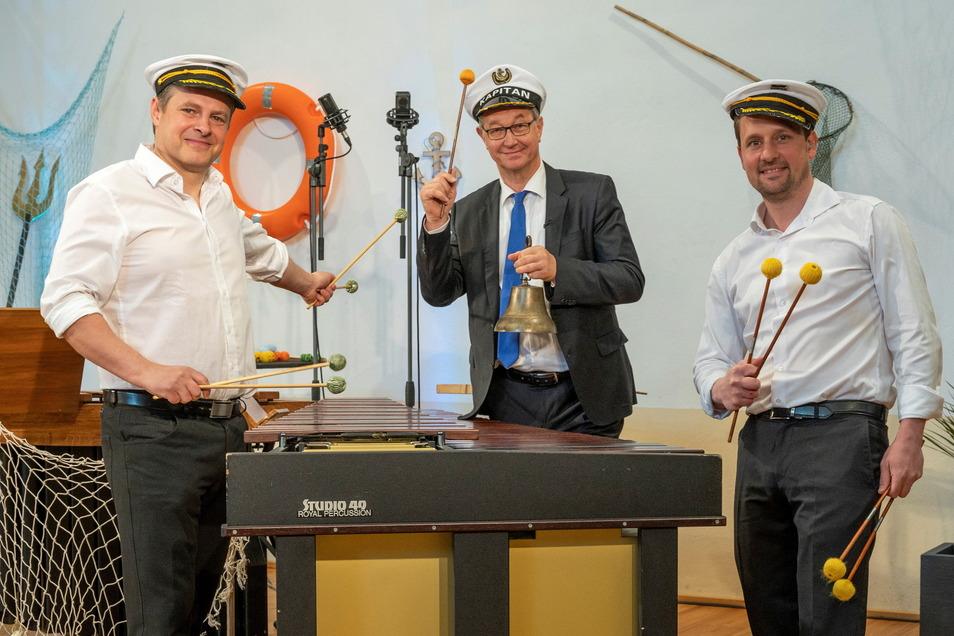 Aufzeichnung eines Kammerkonzerts in Limbach mit Peter Kube (Mitte) und den Schlagwerkern Hendrik Gläßer (links) und Stefan Köcher.