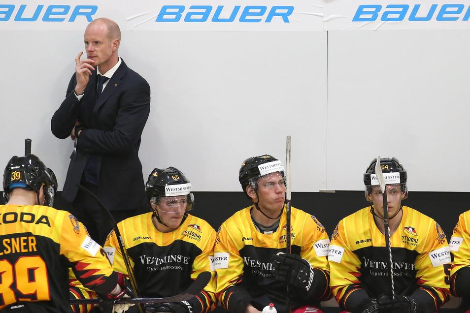 Bundestrainer Toni Söderholm kommt mit der deutschen Eishockey-Auswahl auch nach Sachsen - allerdings wegen der Corona-Pandemie mit einem Jahr Verspätung.