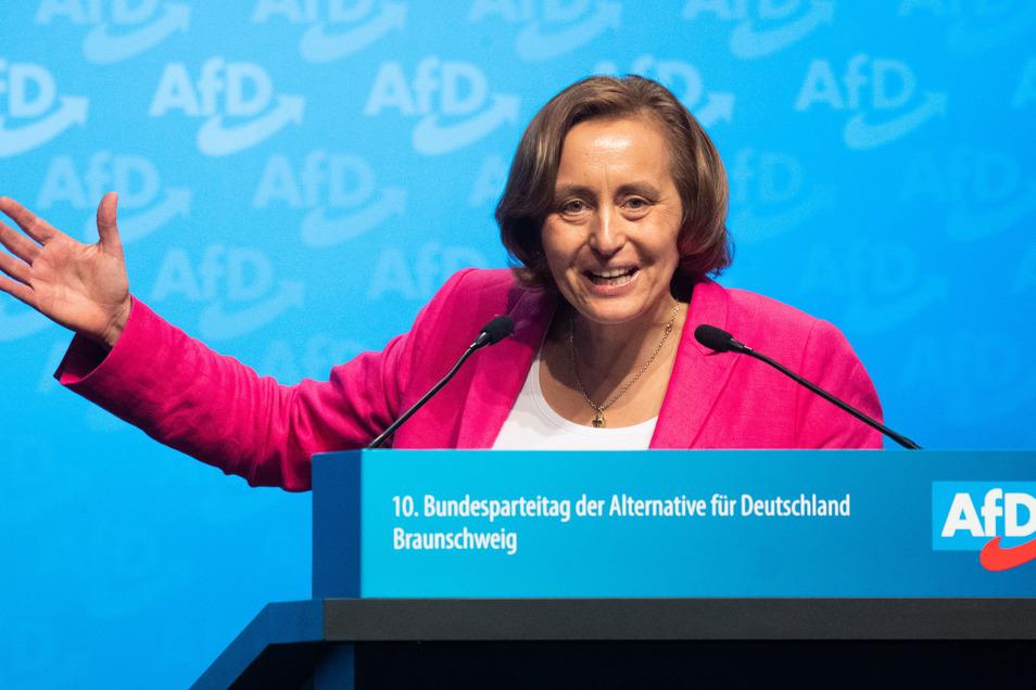 Die AfD-Bundestagsabgeordnete Beatrix von Storch wirbt für eine von der AfD-Fraktion vorgelegte sogenannte Vertrauenslösung.