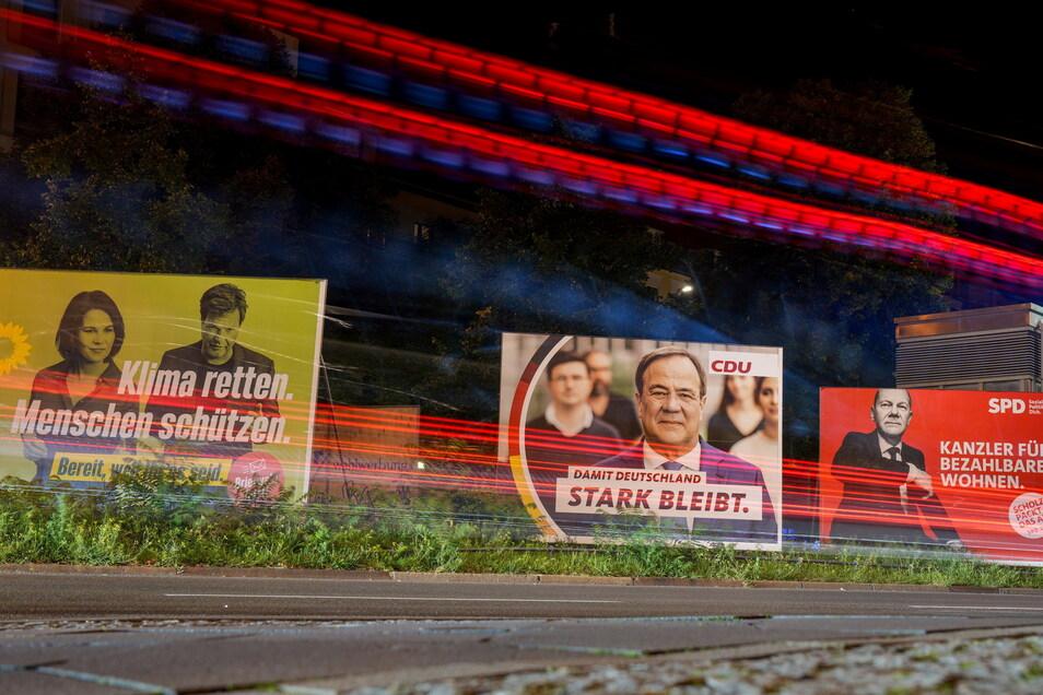 Die Wahlplakate verschiedener Parteien werden seit Wochen immer wieder beschädigt.