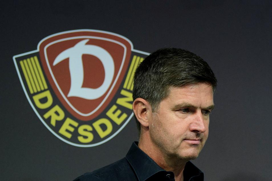 Dynamos Sportchef Ralf Becker findet, dass der Fußball im Osten pur sei, die Verbindung zu den Fans stärker ist.