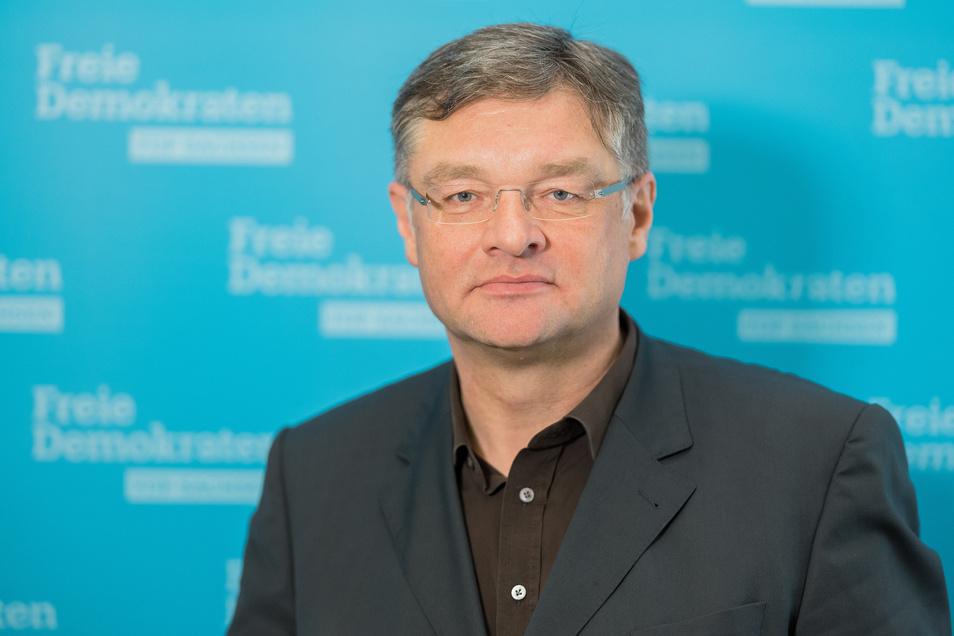 Bei FDP-Chef Holger Zastrow liegt der Zufriedenheitswert bei 21 Prozent.