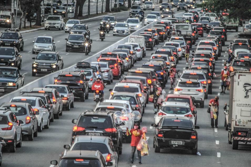 Die größten Effekte auf die CO2-Emissionen zeigen sich demnach beim Verkehr.