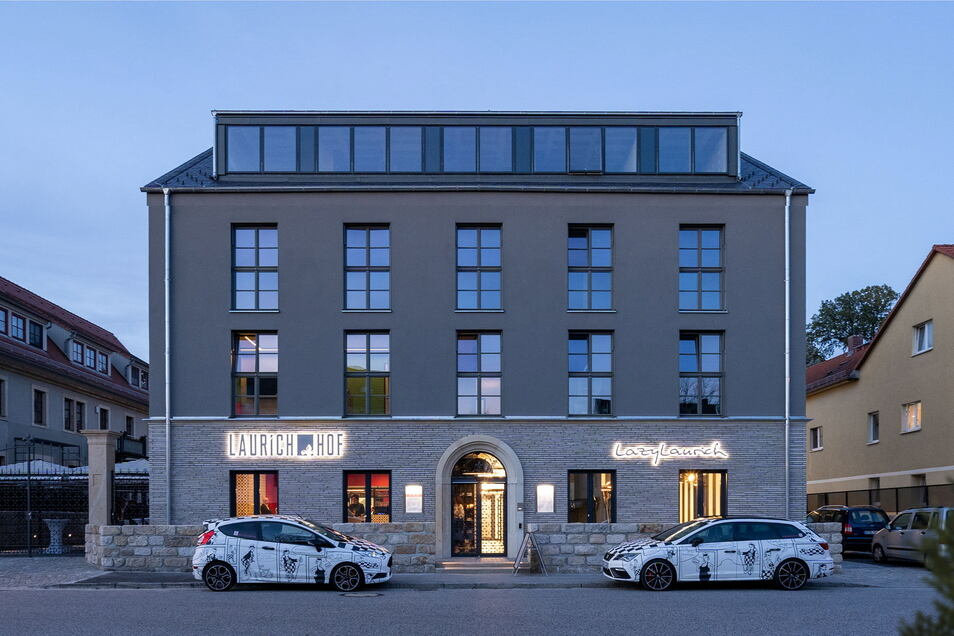 Seit Anfang Juni wieder für Gäste geöffnet, sind Interessenten am Wochenende zu Führungen durch das Designerhotel Laurichhof in Pirna eingeladen.