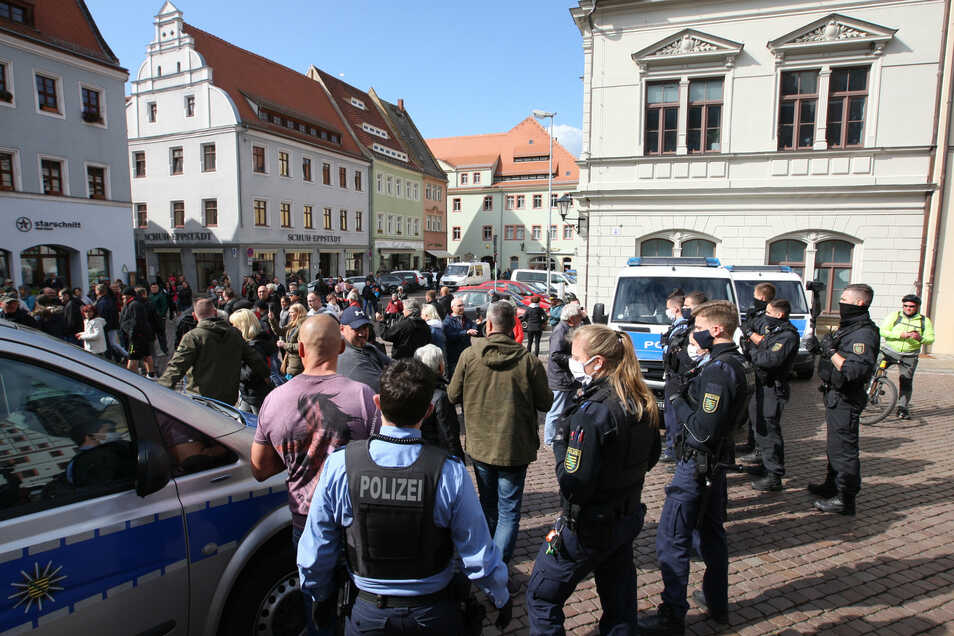 Unangemeldete Corona-Demo in Pirna: Wir müssen zurück zum Dialog.