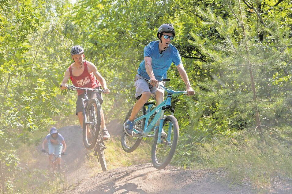 Ab durch die Luft: Beim Dirtbike geht es nicht um Geschwindigkeit, sondern um Geschick auf dem Rad.