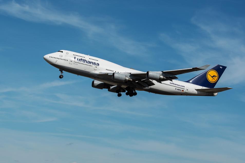 """Die Piloten der Boeing 747-400 haben sich nach dem Start in Frankfurt """"vorsorglich zur Rückkehr entschieden""""."""