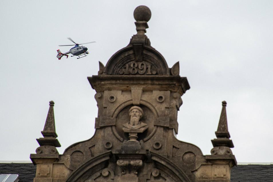 Ein Hubschrauber hatten den gestohlenen Honda ausgemacht und verfolgt.